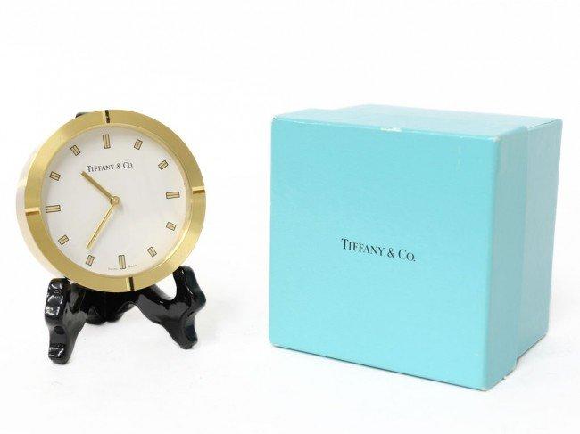 4: A TIFFANY ART DECO STYLE ROUND DESK CLOCK
