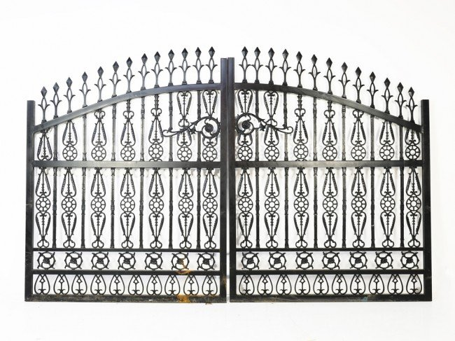 13: A PAIR OF CUSTOM CAST IRON ARCHED DRIVEWAY GATES
