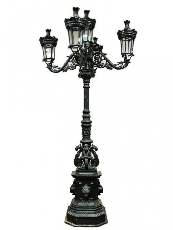 15: A CAST IRON FIVE-LIGHT VICTORIAN STREET LAMP
