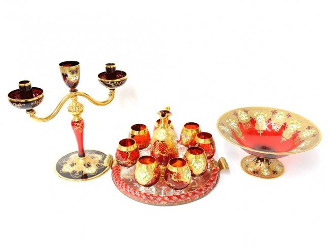 19: A SET OF MURANO PARCEL GILT RUBY GLASSWARE Late Twe
