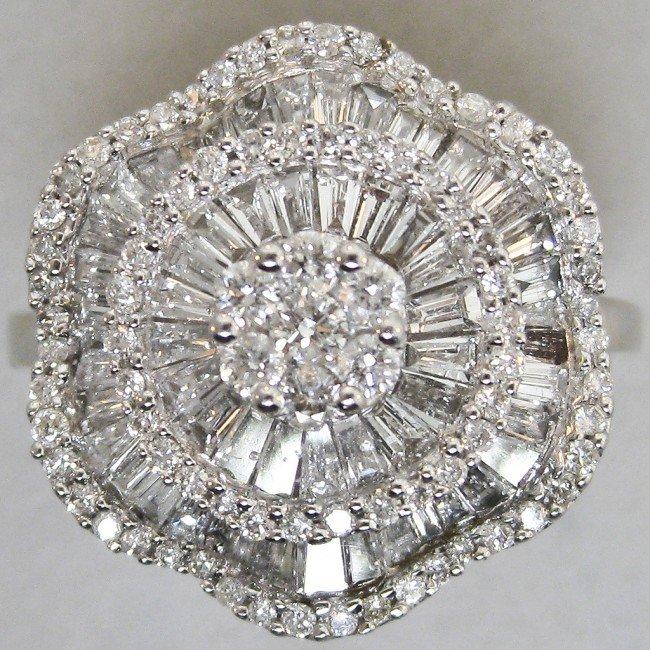 119: 14K DIAMOND DINNER RING