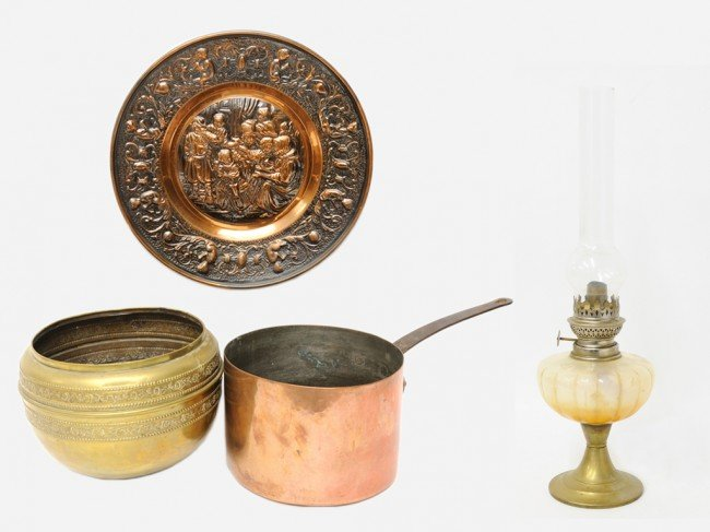 2A: A FRENCH COPPER POT, BRASS POT, COPPER PLAQUE AND A