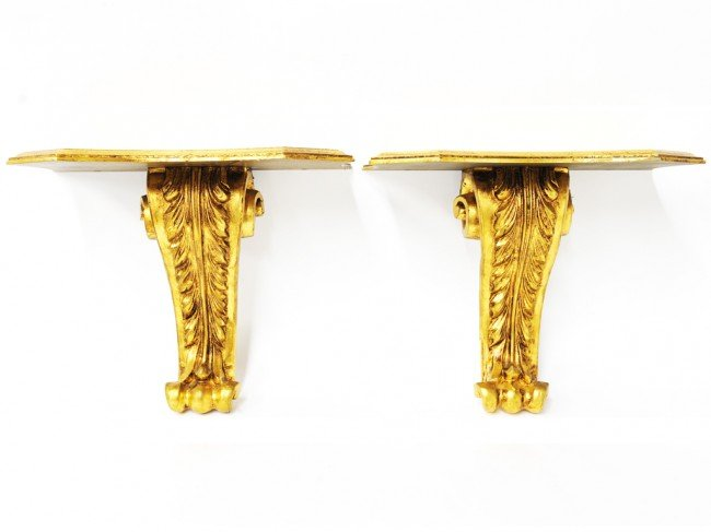6: A PAIR OF FOLIATE CARVED WALL SCONCE SHELVES