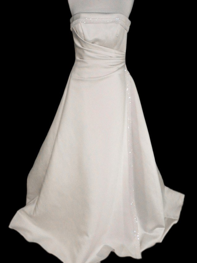 15: WEDDING GOWN by Maggie Sottero Size 10 Style Name/N