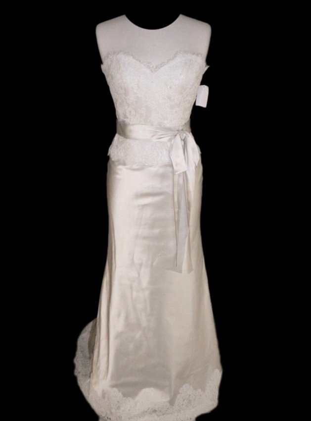 16: WEDDING GOWN by Paloma Blanca Size 10 Style Name/Nu