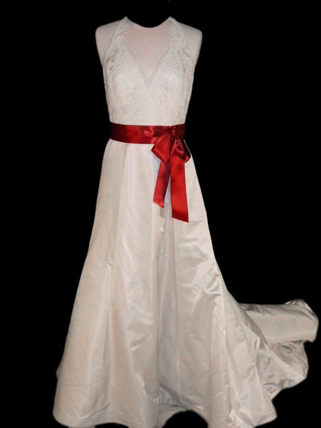 23: WEDDING GOWN by Paloma Blanca Size 12 Style Name/Nu