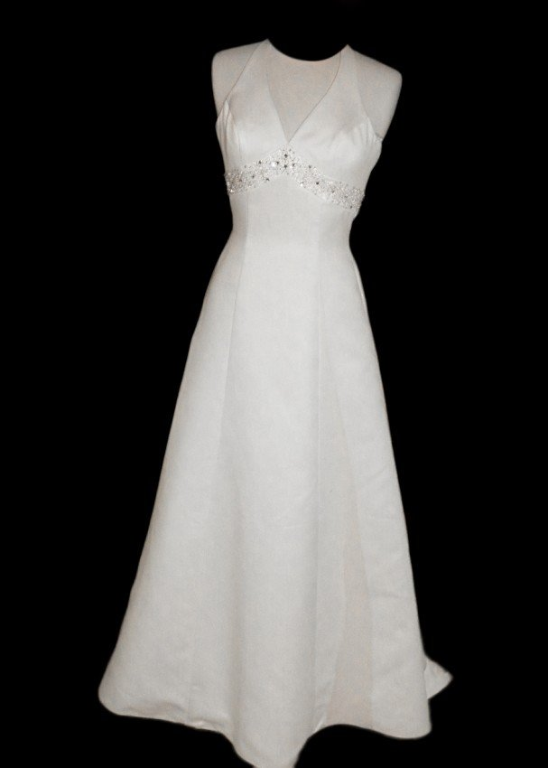 24: WEDDING GOWN by Paloma Blanca Size 6 Style Name/Num