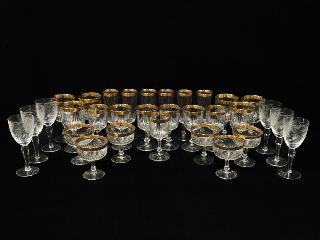 1A: A COLLECTION OF GILT LIPPED STEMWARE 31 pieces