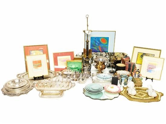 21: A LOT OF MISCELLANEOUS ITEMS 50 pieces