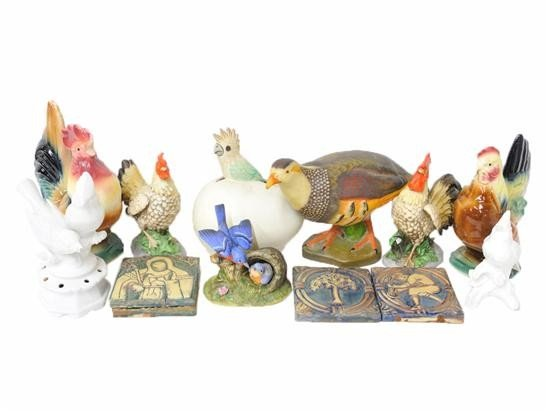 22: A LOT OF MISCELLANEOUS CERAMIC BIRDS AND TILE PIECE