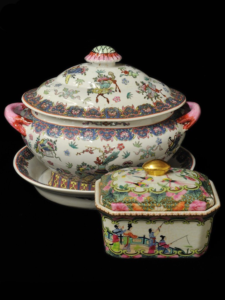 5: A CHINESE MAJOLICA LIDDED TUREEN WITH DEEP PLATTER A