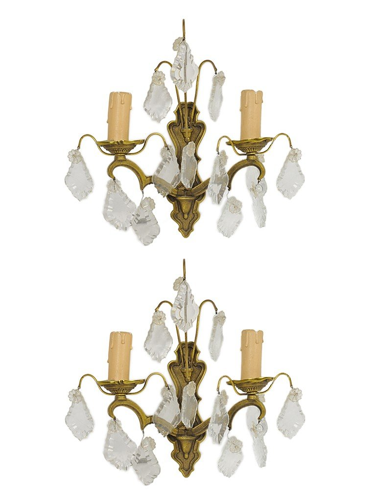 17: A PAIR OF COPPER AND CRYSTAL WALL SCONCES