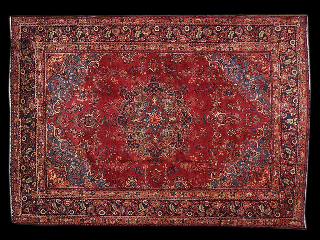 8: A PERSIAN TABRIZ RUG 8 ft x 10 ft 10 in