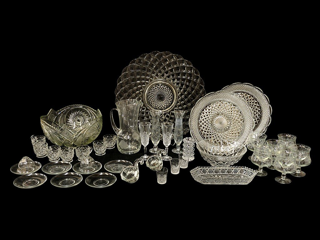 A LOT OF MISCELLANEOUS PRESSED GLASS Approximately 30 p