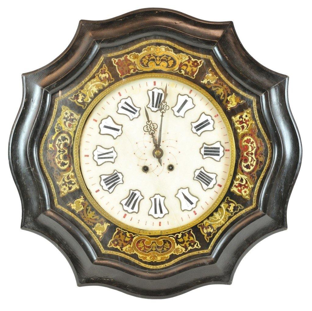 A MAHOGANY VICTORIAN OCTAGONAL-SHAPED WALL CLOCK WITH B