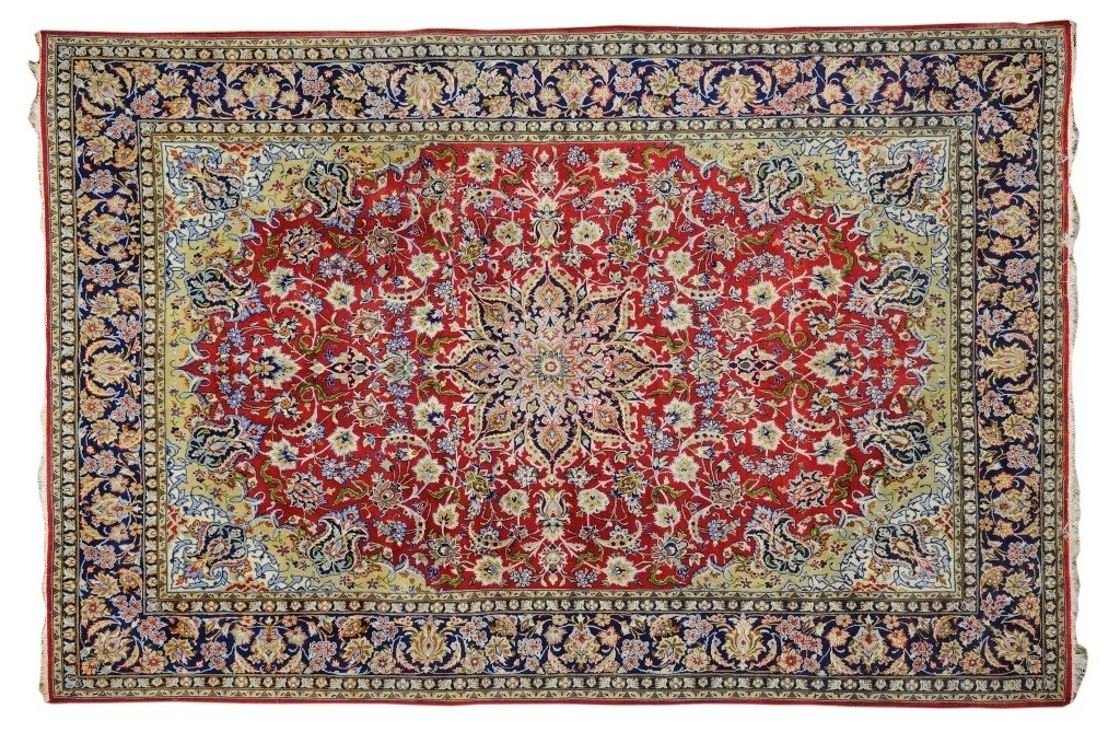 A SEMI ANTIQUE PERSIAN ESFAHAN NAJAFABAB RUG Circa 1950