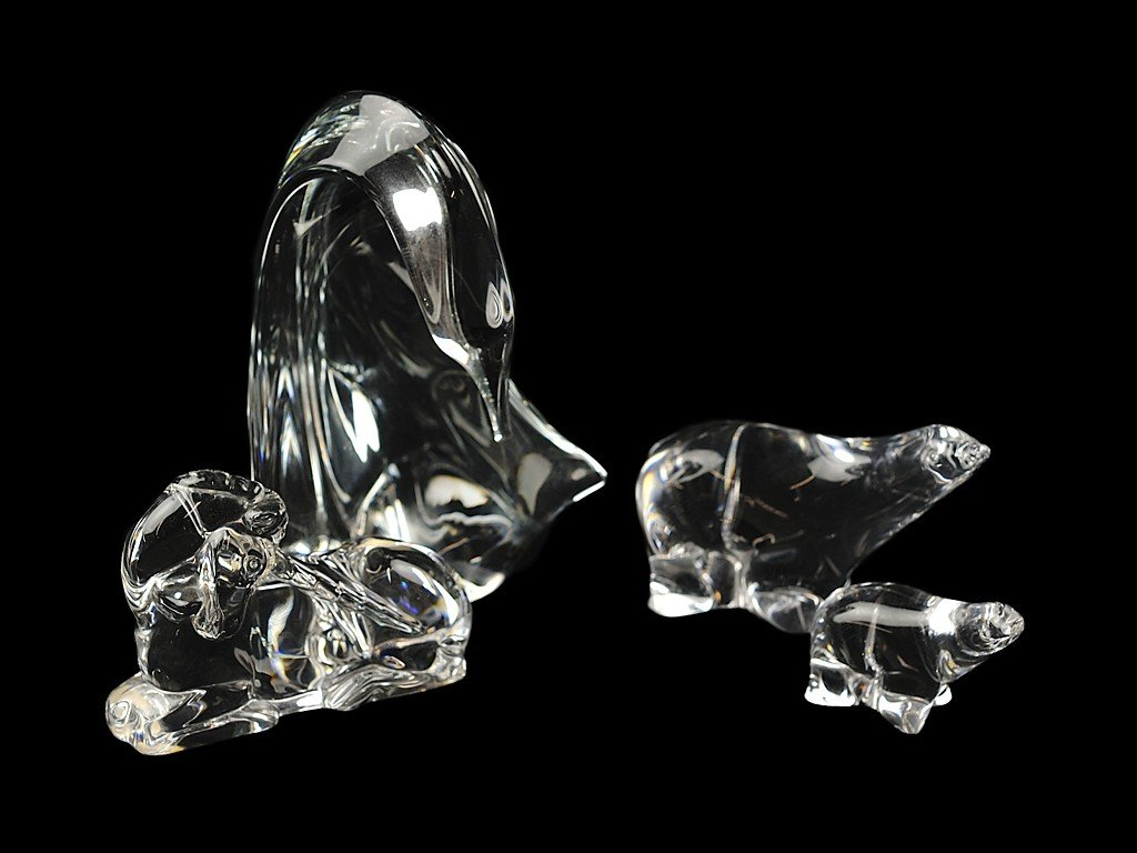 2: A GROUP OF FOUR PIECES OF SIGNED CRYSTAL one in the