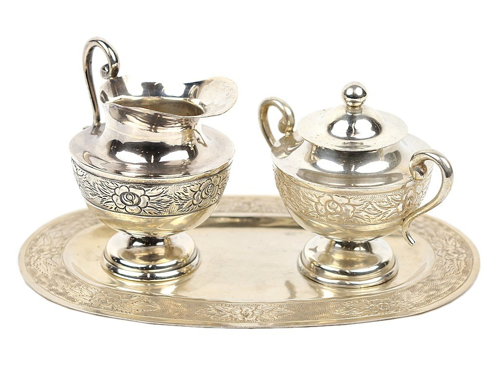 5: A STERLING CREAMER AND COVERED SUGAR SET WITH TRAY;