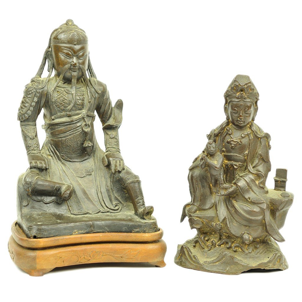 131: A CHINESE BRONZE SEATED WARRIOR AND BRONZE SOUTH E