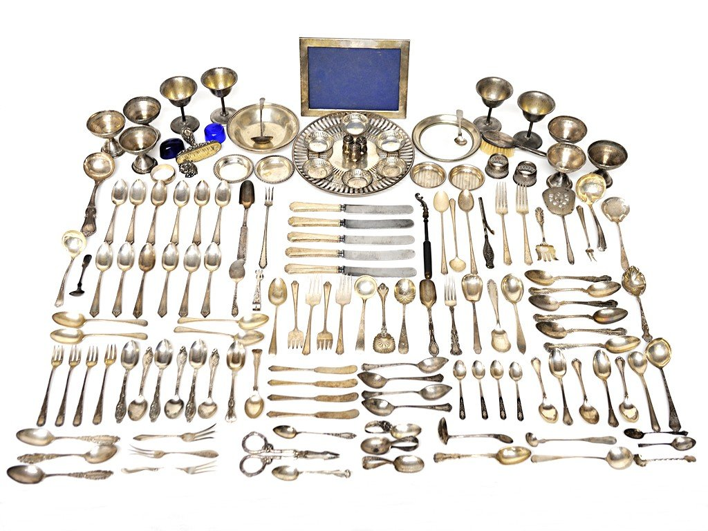 7: MISCELLANEOUS STERLING LOT WITH FUNNELS, CUPS, FLATW