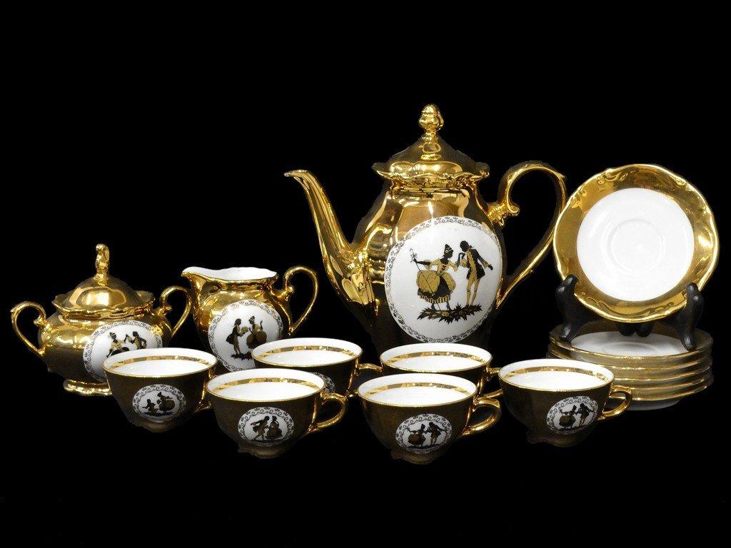 10: A BAVARIAN GERMANY 24K GOLD PLATED PORCELAIN TEA SE