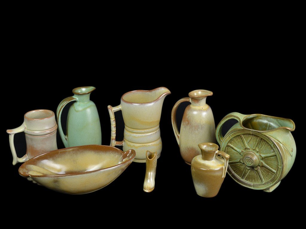 6: A GROUP OF NINE FRANKOMA POTTERY PIECES