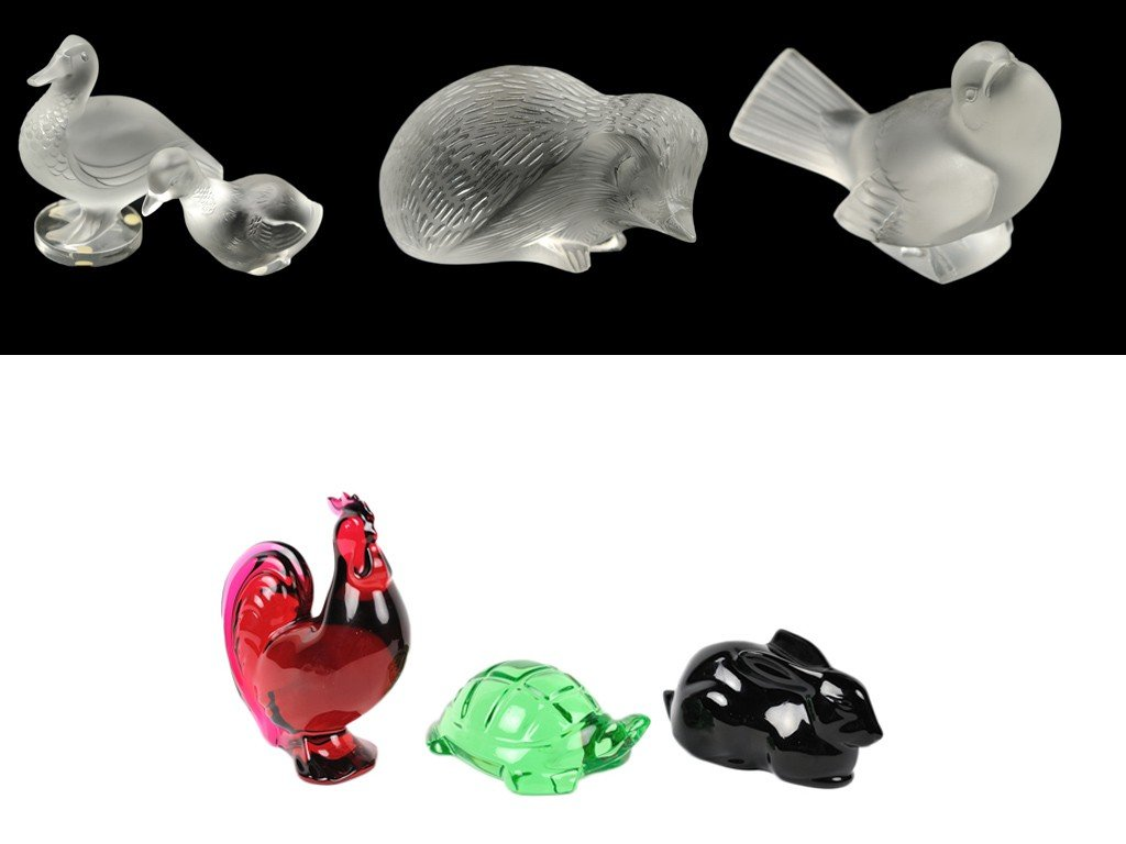 8: TWO BIRD FIGURINES; ONE BACCARAT AND ONE LALIQUE; A