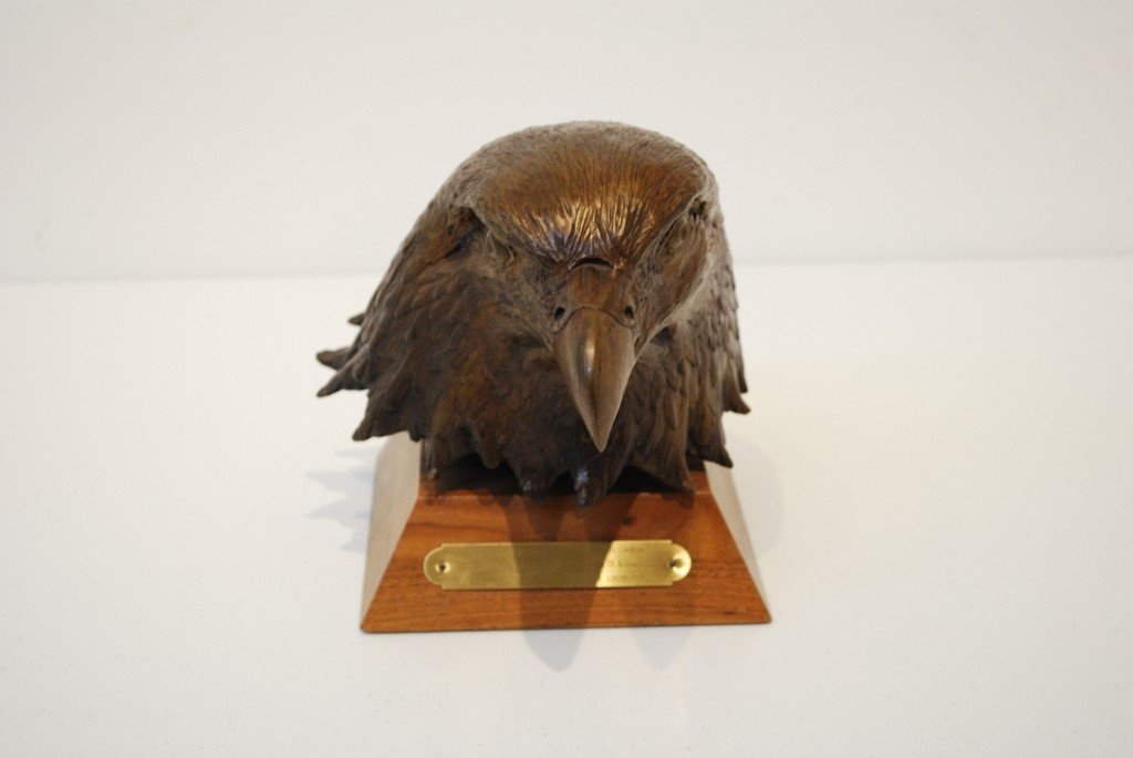14: A W.H. TURNER BRONZE SCULPTURE OF AN EAGLE
