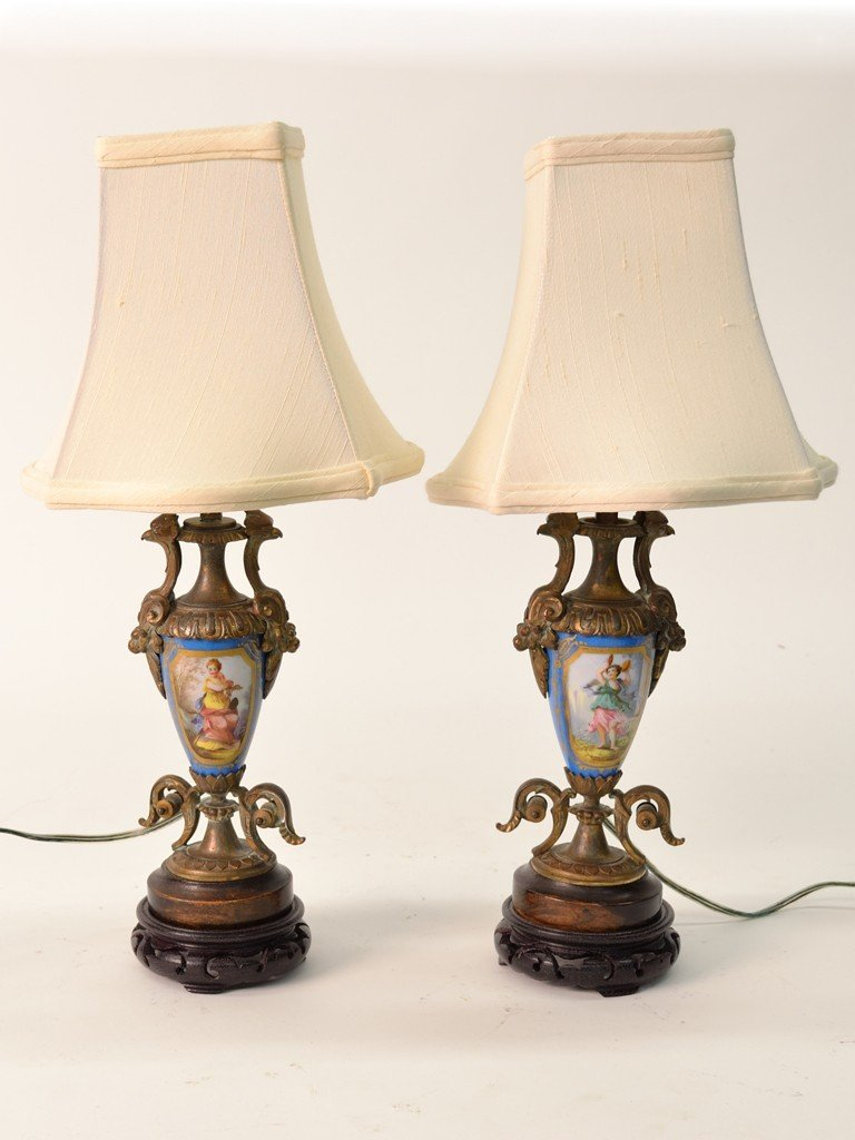 23: A PAIR OF ANTIQUE SEVRES STYLE URN LAMPS