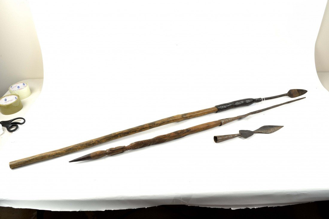 7: A TRIO OF SE ASIAN AND SOUTH PACIFIC TRIBAL WEAPONS