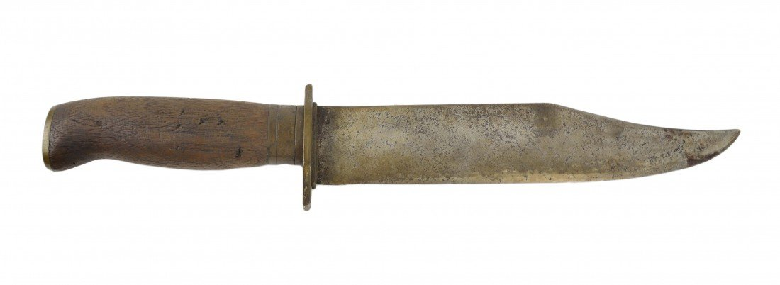 """15: A BOWIE STYLE FIGHTING KNIFE STAMPED """"VC"""""""