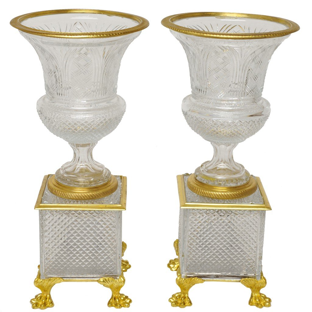 9: A PAIR OF CHARLES X STYLE BRONZE DORÉ MOUNTED CUT CR