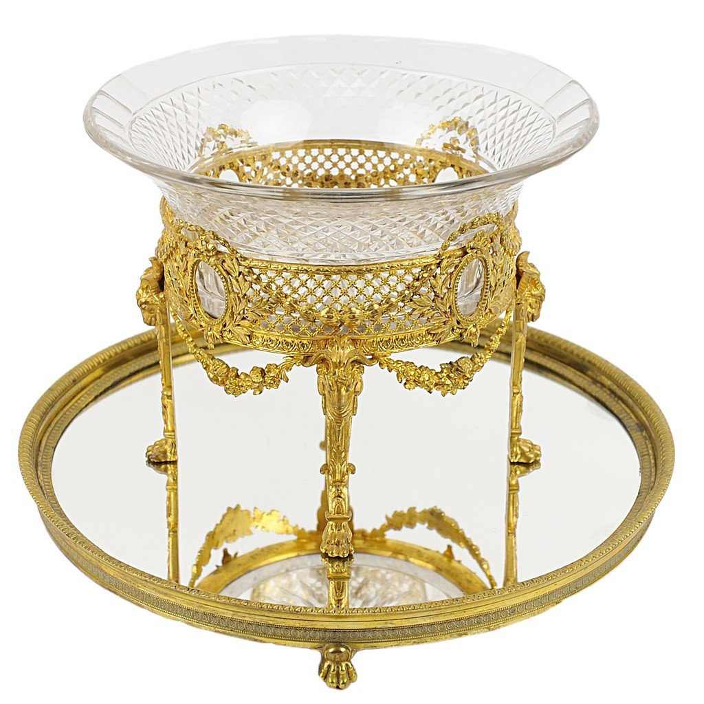 10: A FRENCH EMPIRE CUT CRYSTAL BOWL ON DORE BRONZE PLI