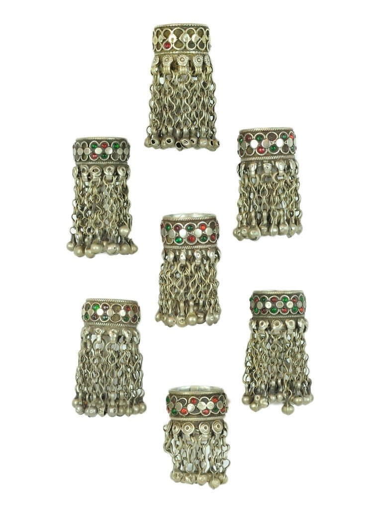 23: A LOT OF SEVEN KUTCH SILVER FINGER RINGS Circa 1960