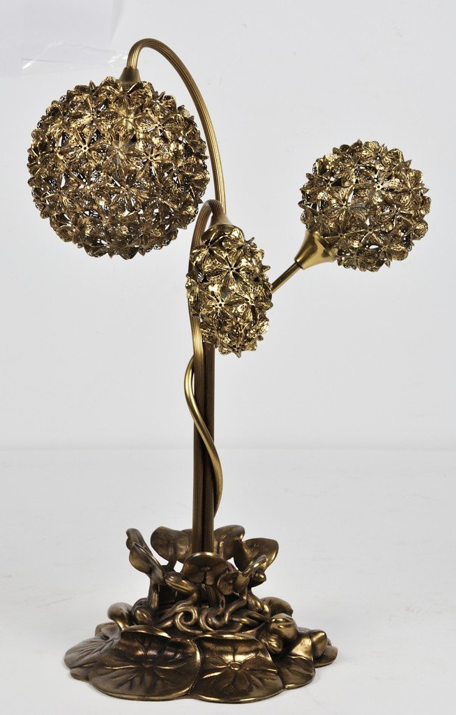 A UNUSUAL AESTHETIC BRASS TABLE LAMP