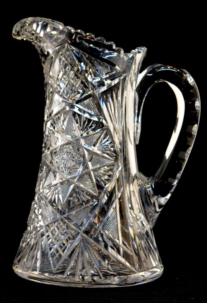 5: AN AMERICAN BRILLIANT CUT HEAVY GLASS PITCHER