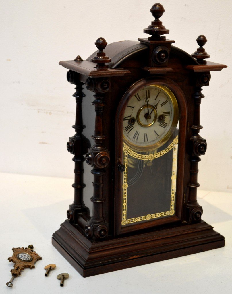 15: ANTIQUE MAHOGANY CLOCK