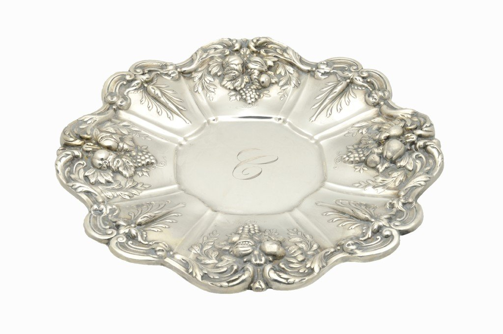1: A FRANCIS I STYLE STERLING SILVER SANDWICH PLATE Sta