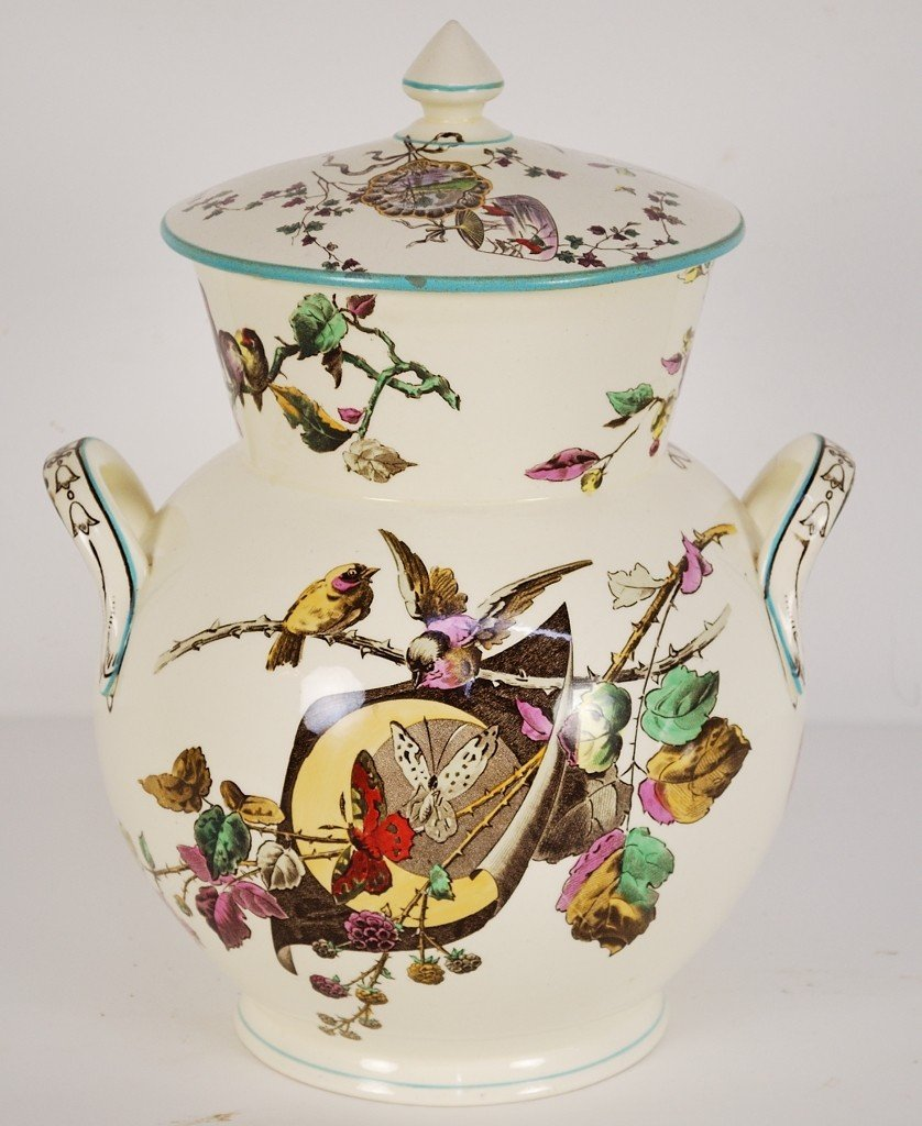 1: A 19TH CENTURY AESTHETIC ENGLISH PORCELAIN CHAMBER P