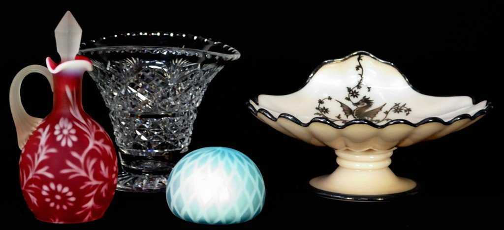 8: 4 PIECES INCLUDING AMERICAN CAMEO GLASS