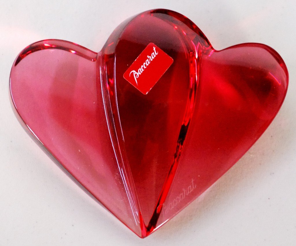 10: FRENCH BACCARAT DOUBLE HEART PAPER WEIGHT