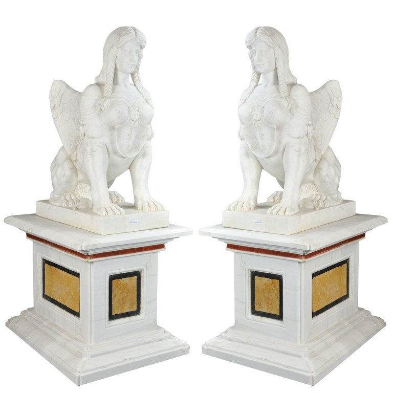 16: A PAIR OF WINGED SPHINX ON A BASE