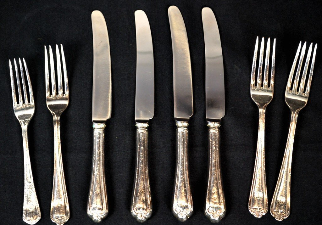 2: SET OF 8 PIECES, HOUSE OF COMMONS FLATWARE LONDON PA
