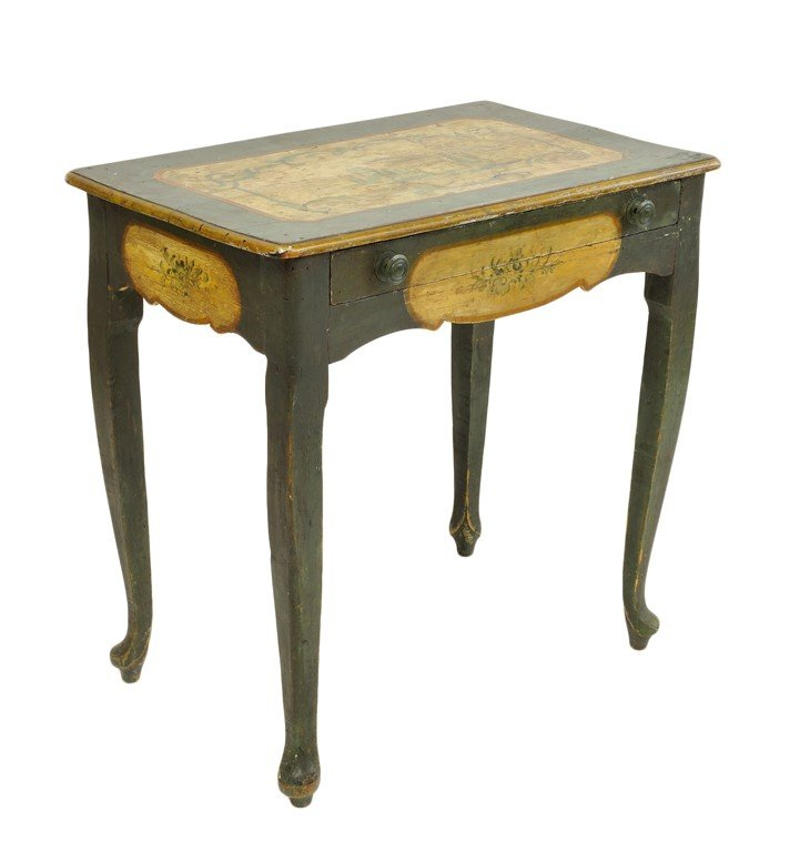 4: A CONTINENTAL PROVINCIAL PAINTED SINGLE DRAWER SIDE