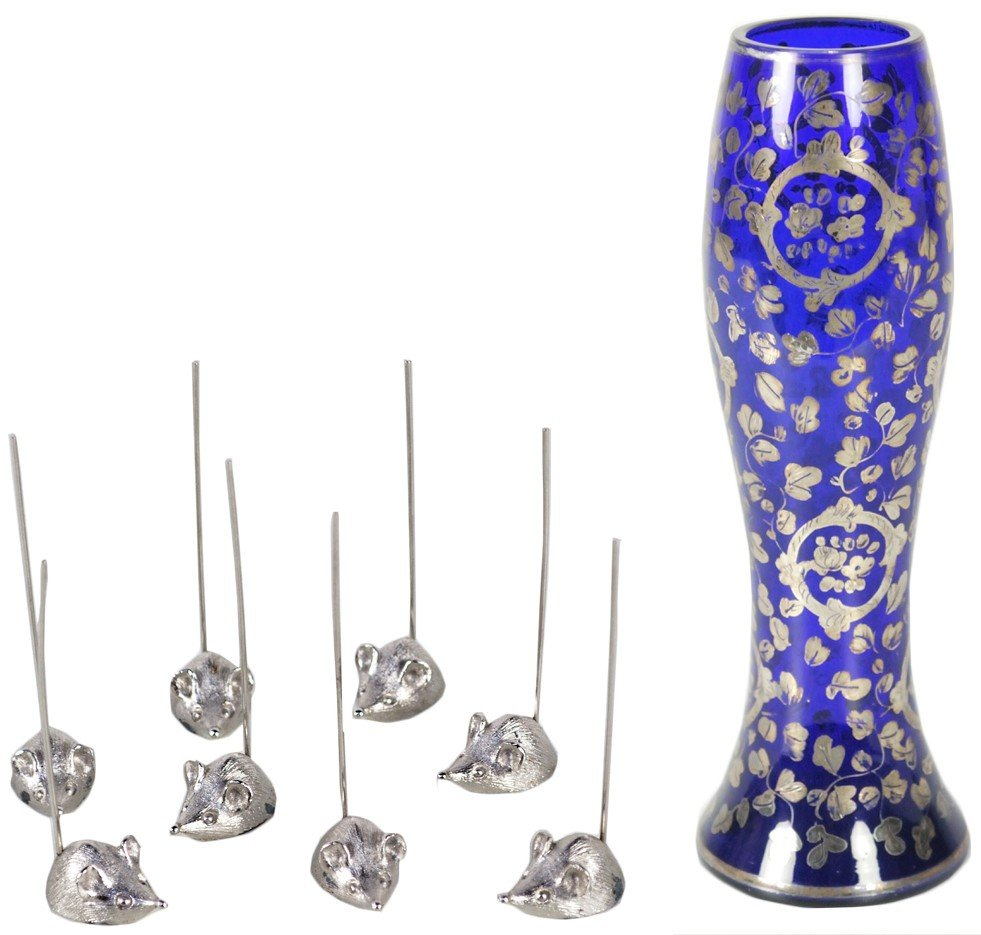 24: SILVER OVERLAYED BLUE GLASS VASE AND A SET OF 8 SIL