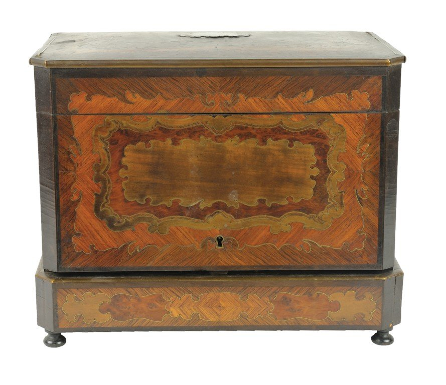 9: A WALNUT MARQUETRY AND BRASS INLAID TANTALUS SET Eng