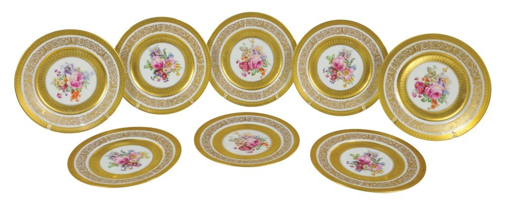 23: A SET OF EIGHT UNION CZECHOSLOVAKIAN GILDED AND DEC