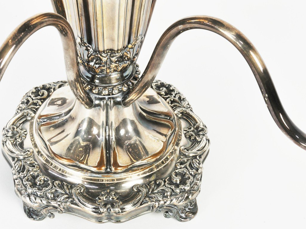 12: A SHEFFIELD PLATED EPERGNE WITH CUT CRYSTAL BOWLS E - 3