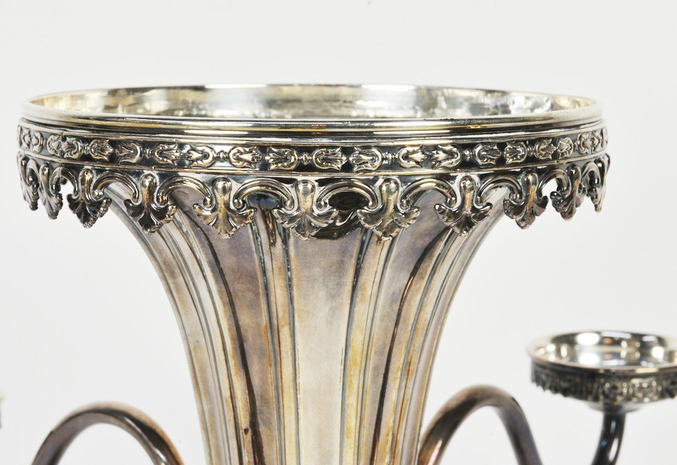 12: A SHEFFIELD PLATED EPERGNE WITH CUT CRYSTAL BOWLS E - 4