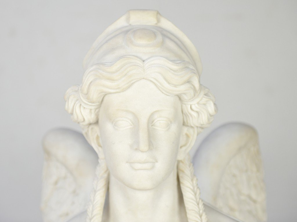 21: A PAIR OF WHITE CARRARA MARBLE HAND-CARVED SPHINXES - 9